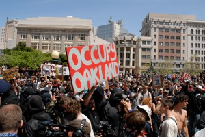 occupy oakland crowd